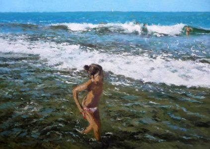 Oleo de una niña caminando por la orilla del mar